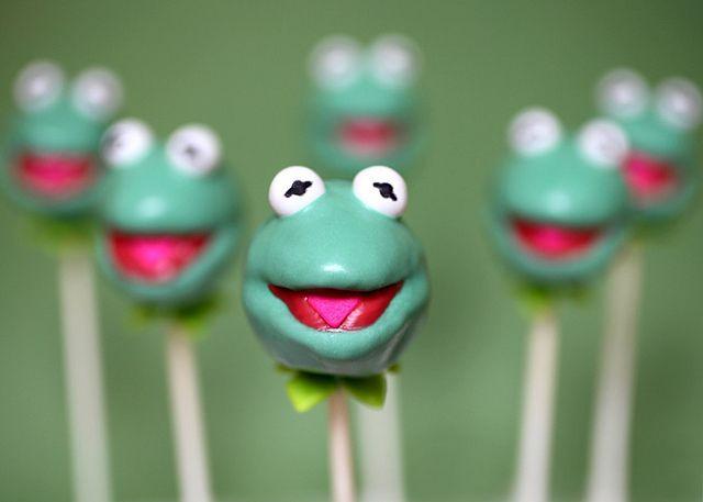 .Disney Crafts, Disney Fairies, Parties, Frogs Cake, The Muppets, Disney Cake, Muppets Cake, Disney Character, Cake Pop Recipe
