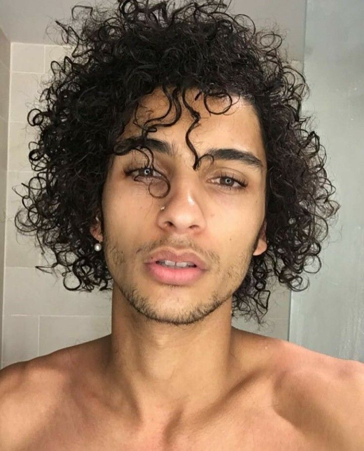 Pin By Ceirra Fus On Medium Long Haircuts Boys In 2019