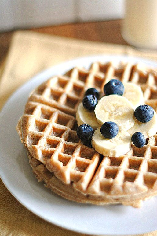 Clean Eating Whole Wheat Banana Waffles (Made these Sep. '13--delicious and healthy!) : Eat Yourself Skinny