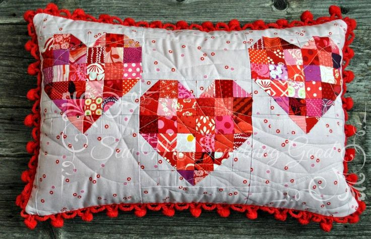 Last evening I put on a favourite old movie (hello, Doris Day),  took some of those scrappy heart blocks  I stitched earlier this month, an...