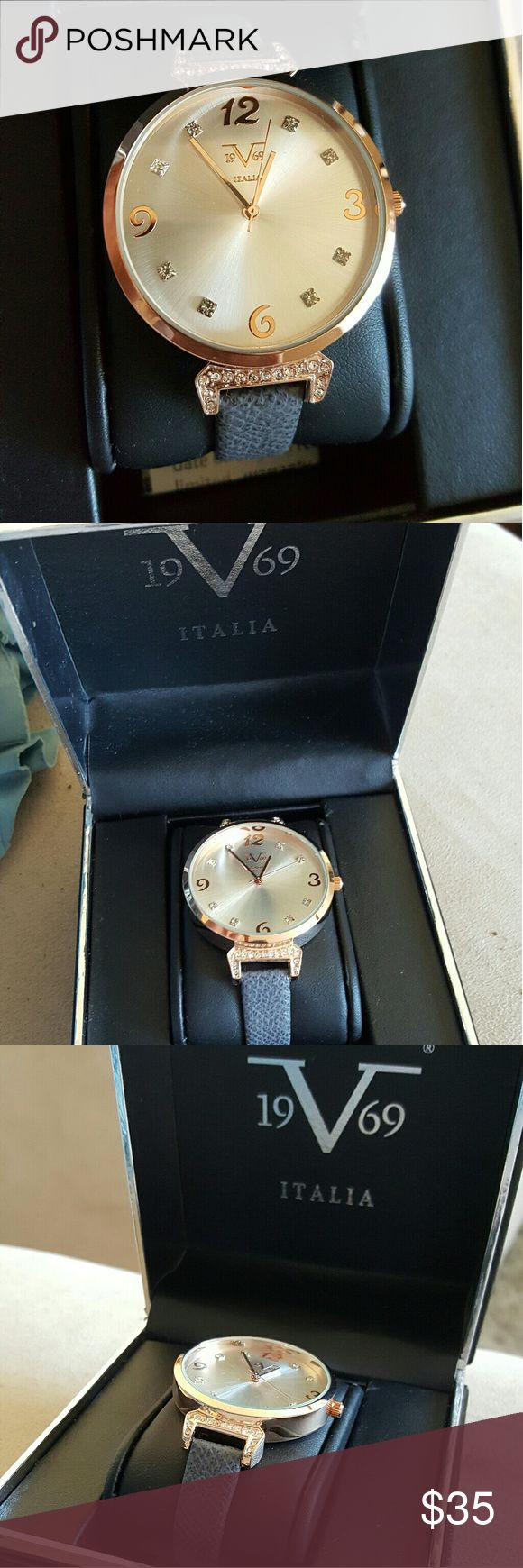 Beautiful ladies rose gold watch unused and unworn. Brand new with box Italia  Accessories Watches