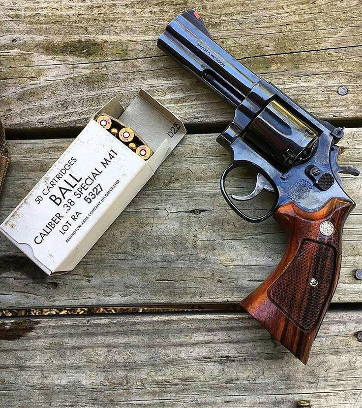 6,487 отметок «Нравится», 23 комментариев — ⠀⠀⠀⠀⠀⠀⠀⠀           Aɽɱɑʂ Wσɽɗʂ (@armaswords) в Instagram: «⠀⠀⠀⠀⠀⠀⠀⠀ ⠀⠀⠀⠀⠀⠀⠀⠀⠀⠀ MΔΠUҒΔCTURΣR: Smith & Wesson MΩDΣL: 586 CΔLIβΣR: 357 Magnum / 38 Special…»