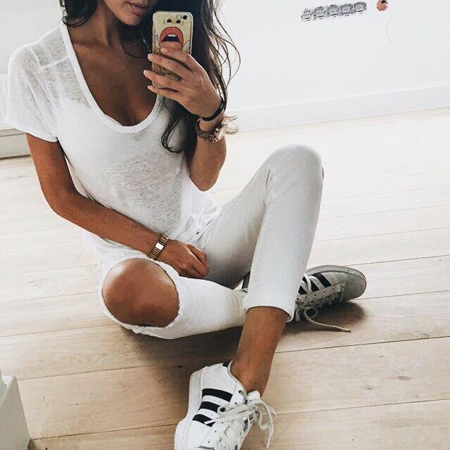 Outfits With Black And White Shoes