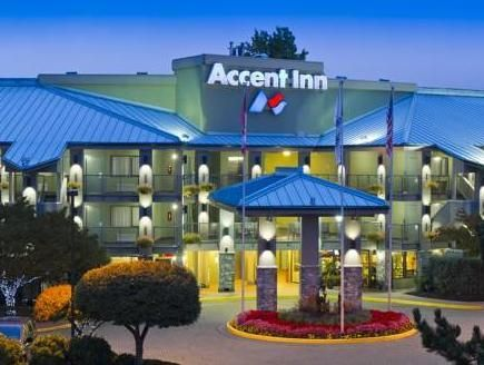 Richmond (BC) Accent Inns Vancouver Airport Canada, North America Stop at Accent Inns Vancouver Airport to discover the wonders of Richmond (BC). The hotel offers a high standard of service and amenities to suit the individual needs of all travelers. Free Wi-Fi in all rooms, 24-hour front desk, facilities for disabled guests, express check-in/check-out, luggage storage are on the list of things guests can enjoy. Guestrooms are designed to provide an optimal level of comfort wi...