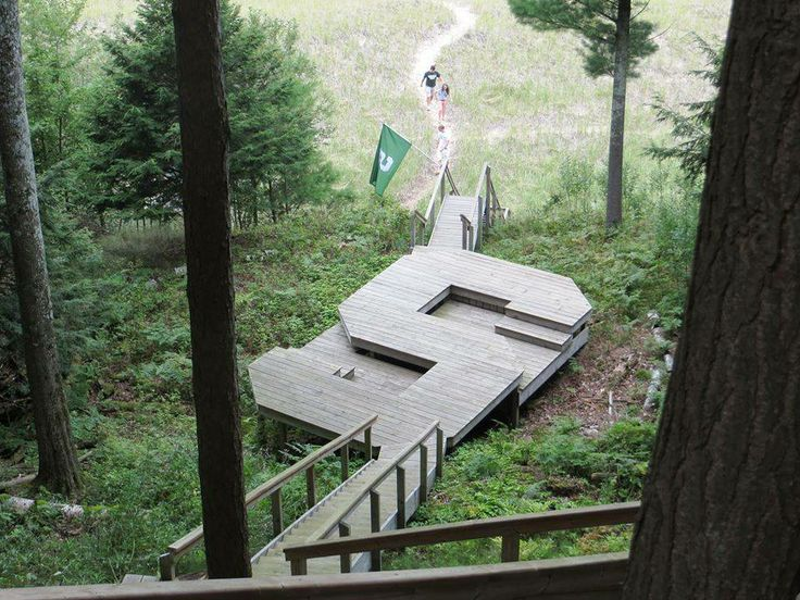 If I find a large cliff to live on, I could have this deck!!  Best Deck ever!! Michigan State