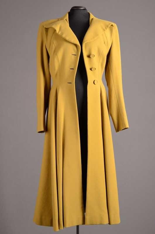 Coat, Heinemann & Ostwald, 1948. I would wear this until the end of time. #vintage #1940s #coats