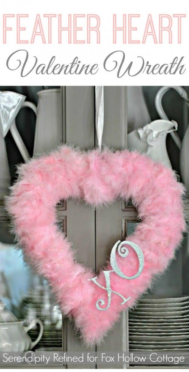 Easy, Cheater Feather Valentine's Day Wreath #valentinesday #valentinesdaydecor #decoratingidea