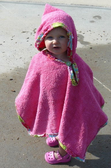 Toddler Beach Towel Poncho omg the cutest thing ever!!!