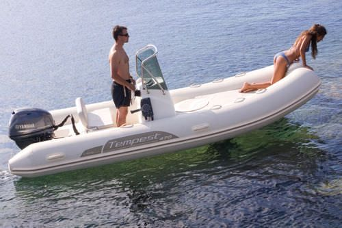 Equipped rigid inflatable boat (outboard, side console, sundeck) TEMPEST 470 Capelli