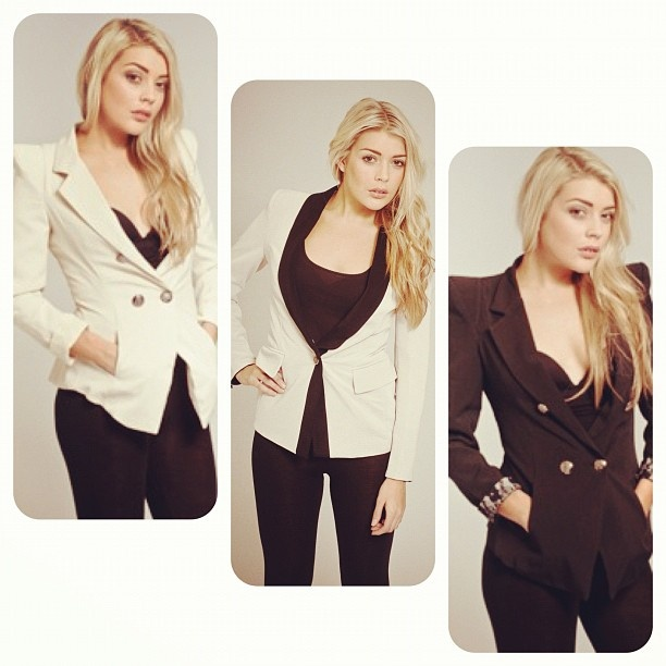 Blazers are one of the ultimate wardrobe staples- perfect for work or play!