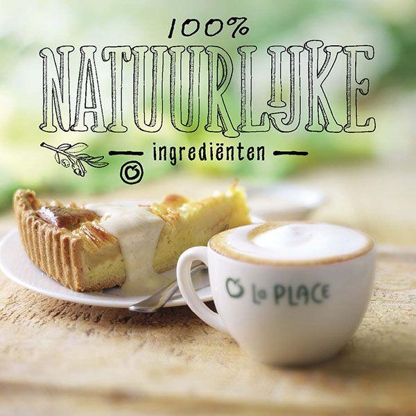 Mmmm, een heerlijke klassieker: #appelcaketaart met vanillesaus en een #cappuccino. #genietmomentje
