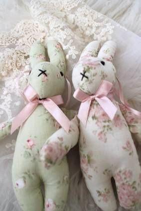 Shabby little bunnies