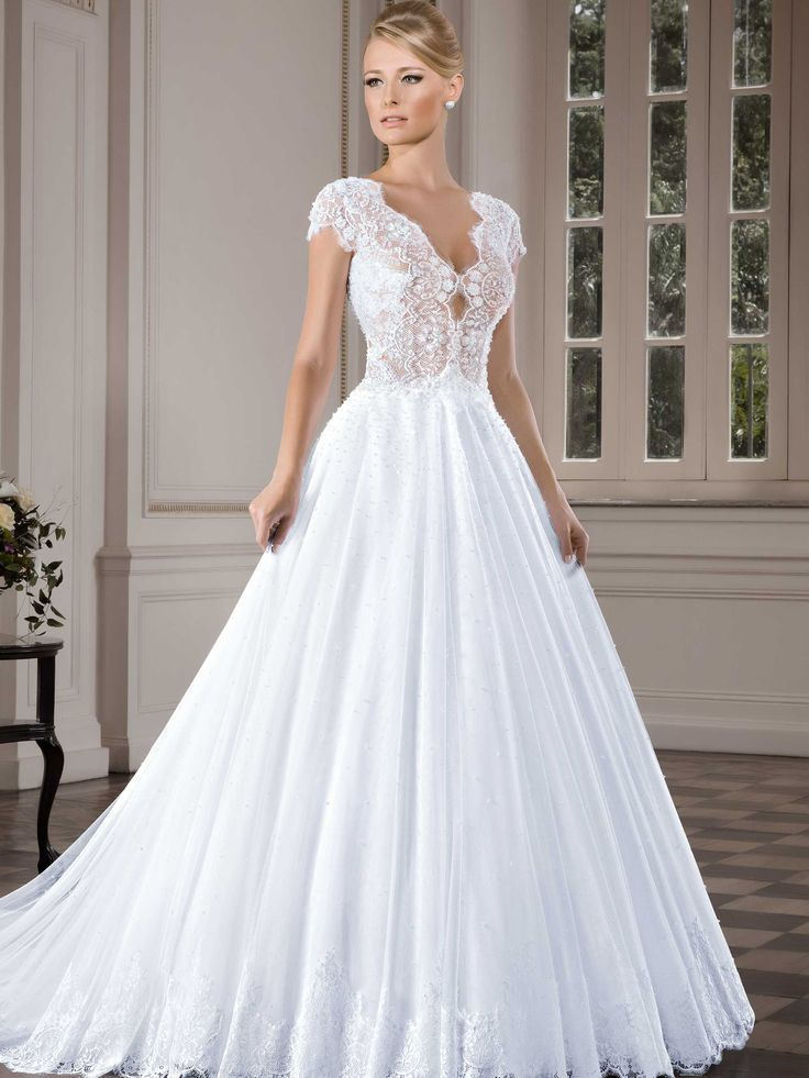 Conheça mais sobre esta coleção de vestidos de noiva - Coleção Callas