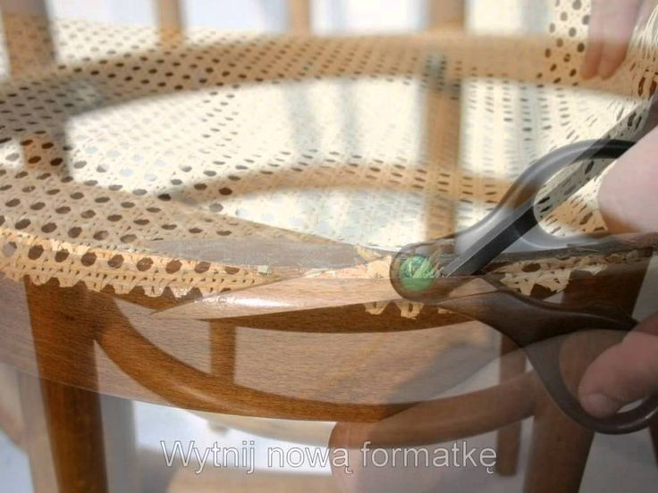 Wymiana siatki rattanowej w krześle