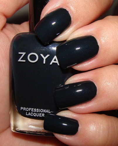 Zoya Cynthia. love it, have it, gonna try it out tonight. es posible.