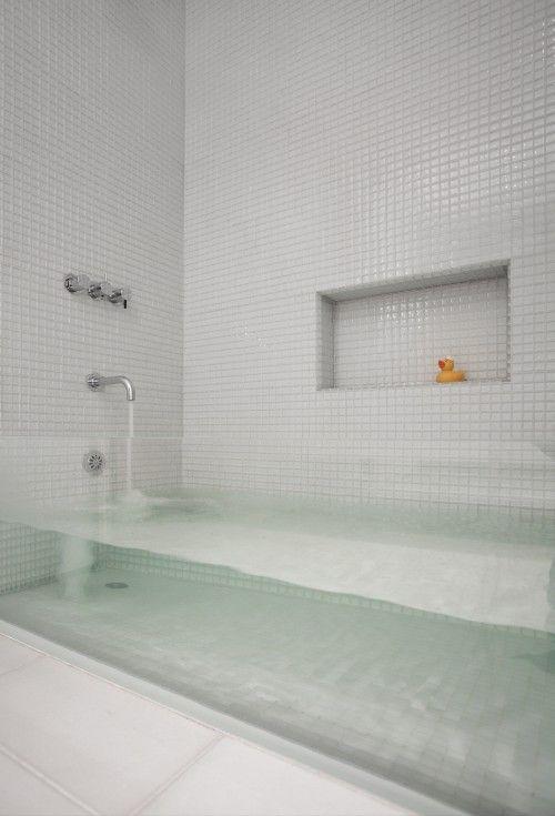 Glass Sided Tub.: Ideas, Glasses Bathtubs, Modern Bathroom Design, Kids Bathroom, Bath Tubs, Dreams, Glasses Wall, House, Glasses Side