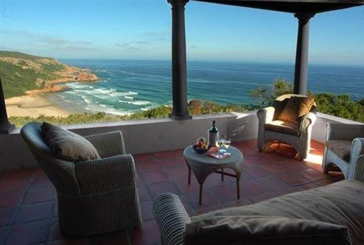 Noetzie Bay House - Surround yourself with nature, perched high above the golden sands of Noetzie beach just 10 km from Knysna town centre, Noetzie Bay House is a nature lover's dream. Surrounded by lawns and extensive ... #weekendgetaways #knysna #southafrica