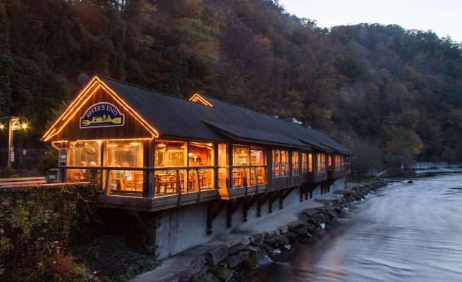 These 15 Restaurants In North Carolina Have Jaw-Dropping Views #NorthCarolina #beautiful #MyNCAgent