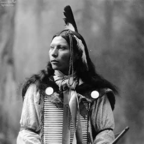 Description Thomas White Face Oglala Sioux.jpg