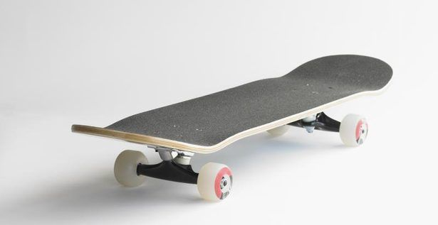 How to Bend Plywood for a Skateboard thumbnail