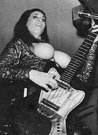 topless danish girl band