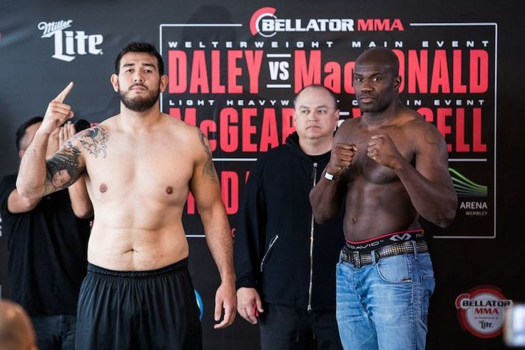 Check out this #heavyweight matchup from #Bellator: Augusto Sakai is facing Cheick Kongo at The SSE Arena Wembley #London. Should be a great #fight who do you think will win?  Don't miss this and all the #fights on the #Bellator179 #DaleyvsMacDonald card airing tonight May 19 at 9PM on #SpikeTV.  #MMA #mixedmartialarts #MLMMA #BellatorMMA #combatsports #kickboxing #BJJ #wrestling #martialarts #mustlovemma #SusanCingari #MMAfighter #twitter #Bellatornews  #ScottCoker #MacDonaldvsDaley…