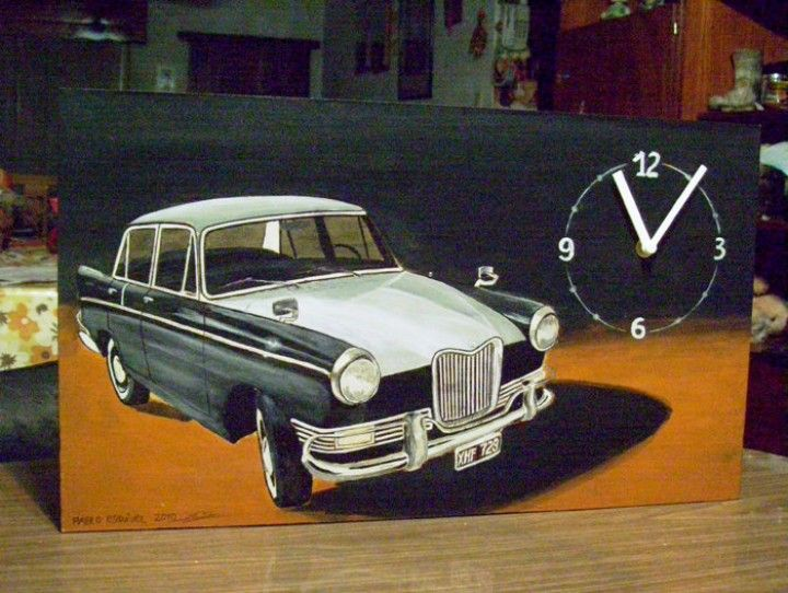 Encontrá Dibujo de auto sobre madera de descarte con reloj incorporado. A pedido desde $300. Decoración, Arte y más objetos únicos recuperados en MercadoLimbo.com. http://www.mercadolimbo.com/producto/1007/dibujo-de-auto-sobre-madera-de-descarte-con-reloj-incorporado-a-pedido