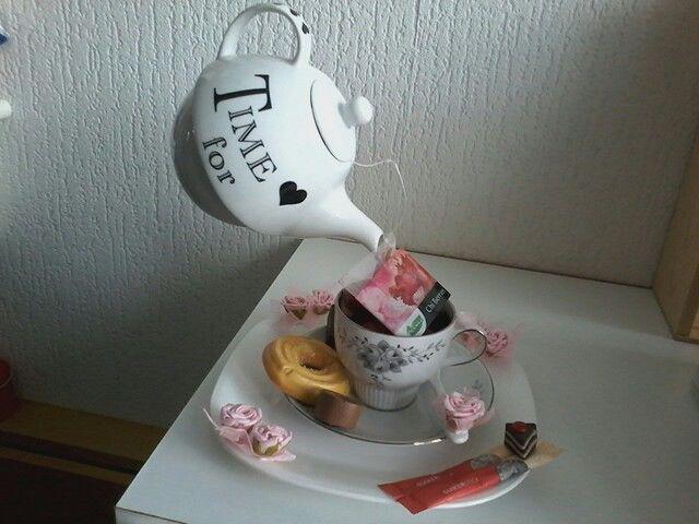 Een zwevend theepotje, Leuk om kado te doen voor iemand die graag thee drinkt met verschillende soorten thee