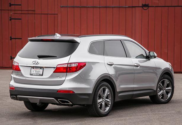2016 Hyundai Santa Fe back