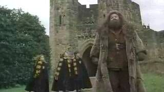 Hagrid, Harry, Ron and Hermione walking out of Alnwick Castle's Lion Arch | Alnwick Castle film locations http://www.pinterest.com/alnwickcastle/alnwick-castle-film-locations/
