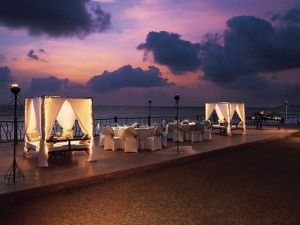Beach Wedding - Our monsoon weddings are held in Mandarmani, in the private beach of the resorts that stand right along the shoreline. At a distance of 180 Kms from the city (Kolkata)