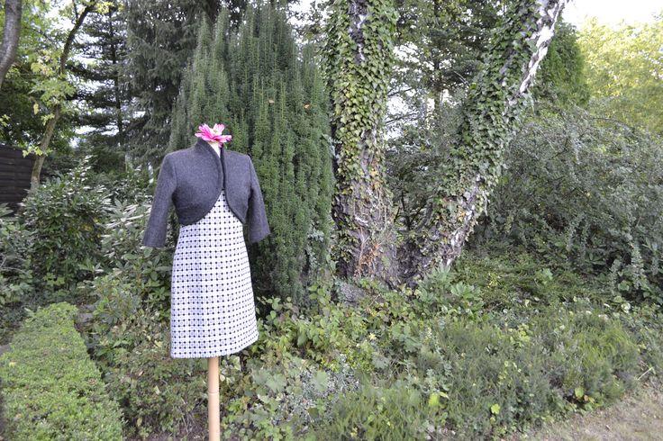 Jacke mit Kleid