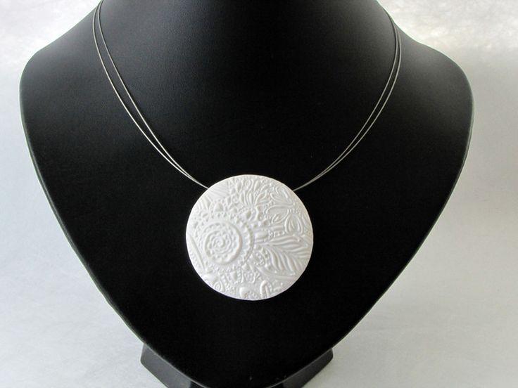 Statement Ketten - Weiße Eleganz  aus Polymer clay, Kette, Porzellan - ein Designerstück von filigran-Design bei DaWanda