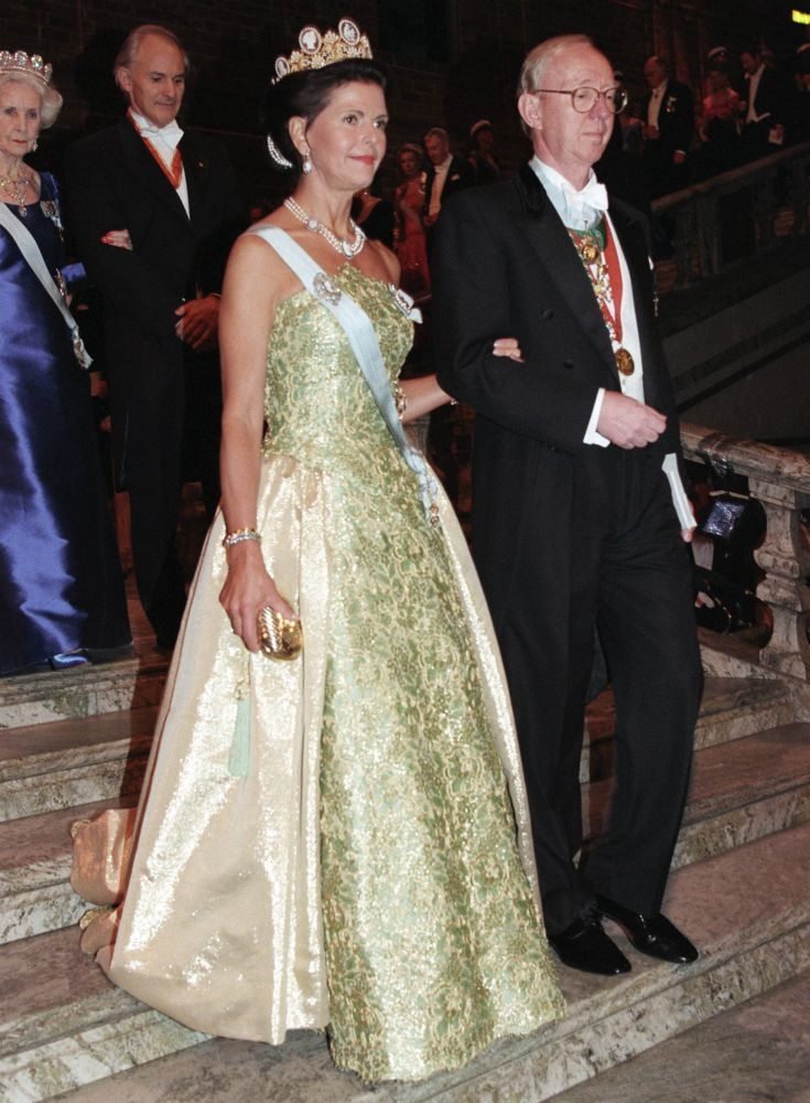 Queen Silvia at the Nobel prize ceremony in 1996 Dress made by Jacques Zehnder