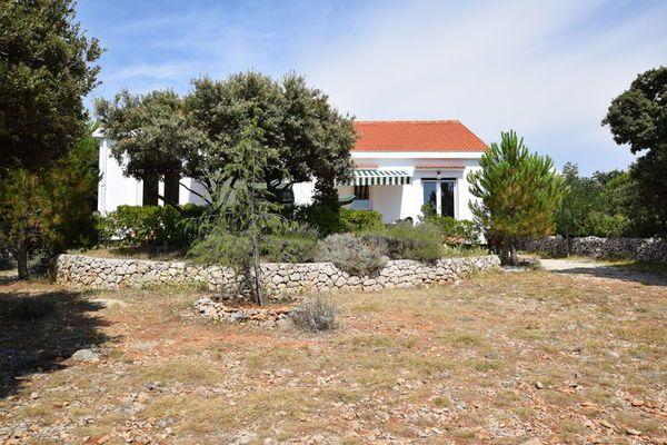 Holiday house Movica  Modern 150 m2 twin huis in een rustige omgevingop 350 m van de zeeeen eigen tuin  EUR 869.82  Meer informatie  #vakantie http://vakantienaar.eu - http://facebook.com/vakantienaar.eu - https://start.me/p/VRobeo/vakantie-pagina