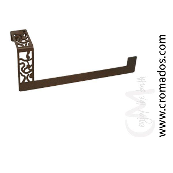 Toallero Cuadrado ARD08 de la serie Art Decó de CM Baños. Medidas: 240x67x100. Acabado en marrón forja con opción a blanco texturizado y negro forja. Estilo art decó rústico.