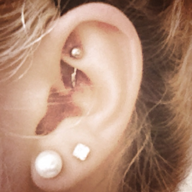 Rook ear piercing. shall i get this? It's so pretty! :) my ear is so small though haha, Idk if I could get something cool like this
