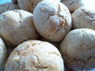 """A minha mãe faz os melhores, mas os melhores biscoitos do mundo! Quando ela os fazia,aindaeu muito pequena, a verdade é que estes """"voa..."""