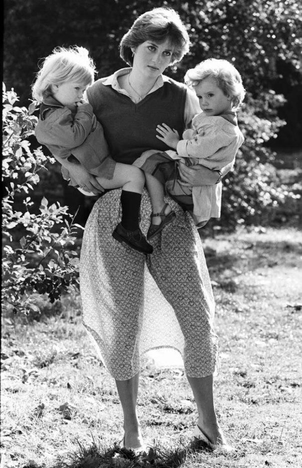 Image - Lady Diana Spencer , England Kindergarten - 17 Septembre 1980 _ Suite - Blog sur Lady Diana , William , Catherine & George... - Skyrock.com