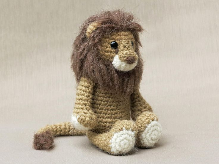 Look! Now we all can become lion tamers, the pattern is finished. You have already seen the teaser picture of Lopi the crochet lion, but here he is in full glory. This was a lovely crochet animal t…