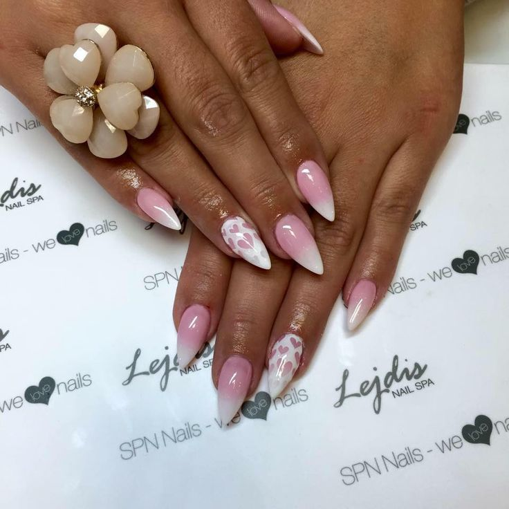 lakiery hybrydowe UV LaQ idealnie sprawdzają się w zdobieniu techniką Baby Boomer   Candy French 504 & My wedding dress 502      Nails: Alessia, SPN Instruktor, Lejdis NAILSPA Zielona Góra