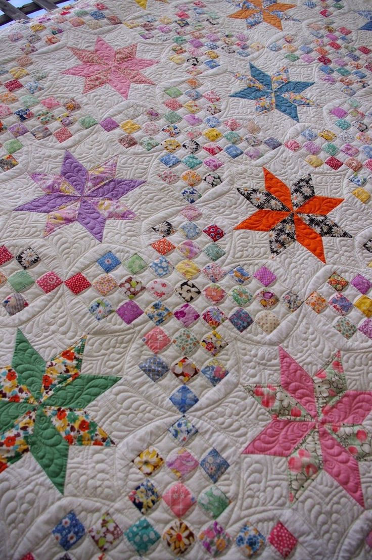 1930's Le Moyne Star Quilt, quilted by Karen Terrens