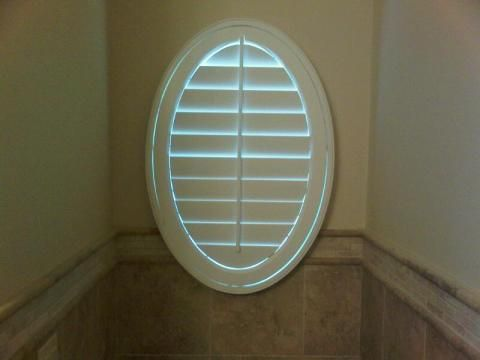 33 best images about odd shaped windows on pinterest for Window treatment for oval window