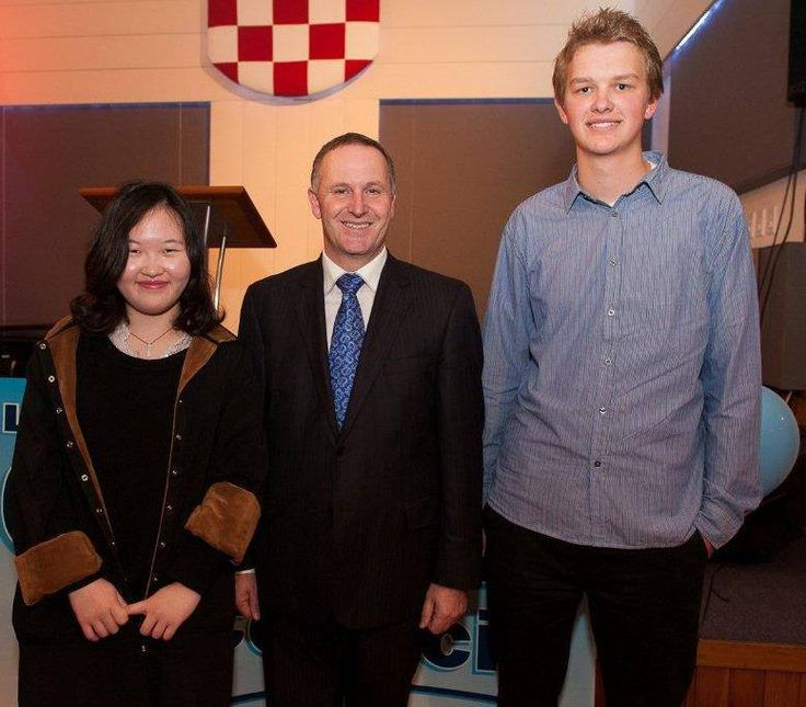 Malinna Liang and James Deveaux, Auckland Youth MP's with New Zealand Prime Minister John Key