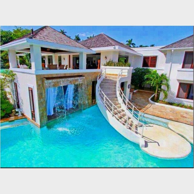 Amazing home! #water | amazing homes | Pinterest