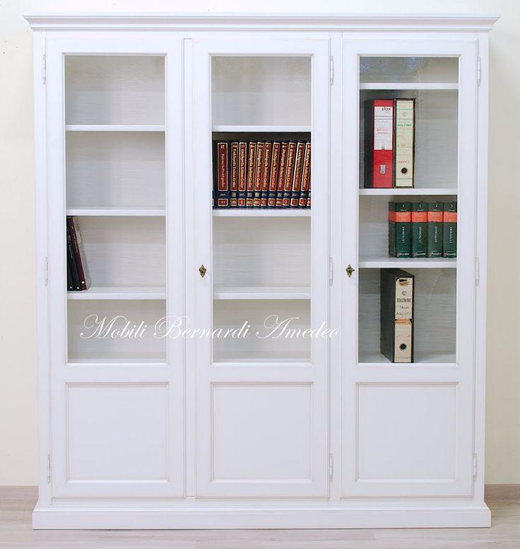 Classic bookcase, white finishing, solid wood, adjustable shelves.