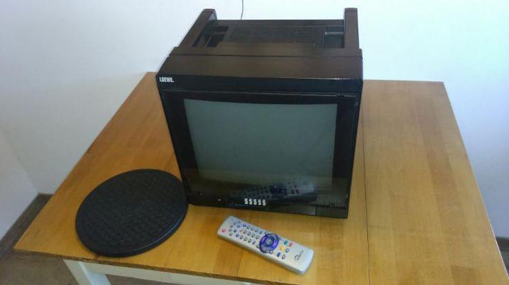 174) Tragbarer Fernseher inklusive Fernbedienung, Anleitung und Drehteller, Preis 50€