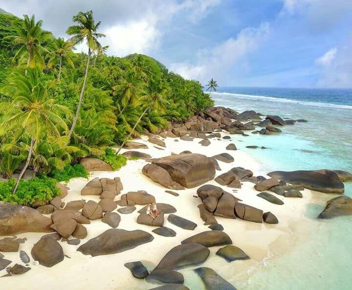 Where's Waldo? 🌴😋  •••••••••••••••••••••••••••••••• ⌘ shot on my DJI Mavic | Hilton Seychelles Labriz Resort & Spa | The Seychelles Islands | Seychelles Tourism Board | #SeychellesIslands #LoveyouMom