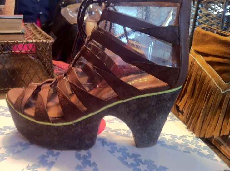 These shoes, are quite interesting! from the @Koolaburra  Preview!Fashion Forward, Koolaburra Preview