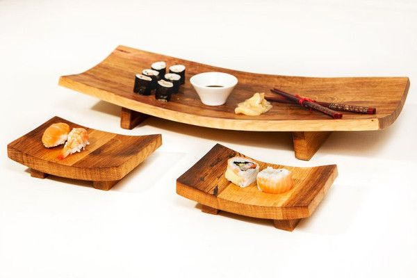 Handcrafted from reclaimed wine barrel oak Perfect serving dish and plates to enhance your Sushi experience Platter Dimensions : 20 cm x 14 cm x 6 cm
